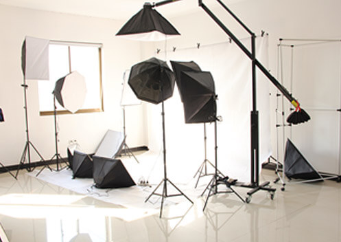 Shangyu Yingyi Photo Equipment